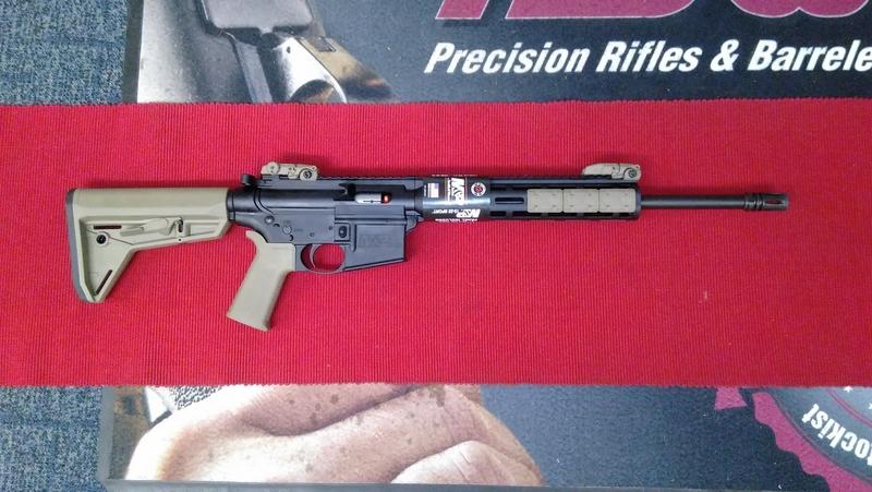Smith & Wesson M&P 15-22 MOE FDE Semi-Auto .22  Rifles
