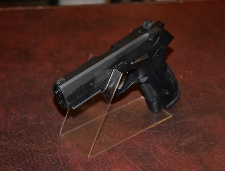 Umarex Beretta PX4 Storm .177  Air Pistols