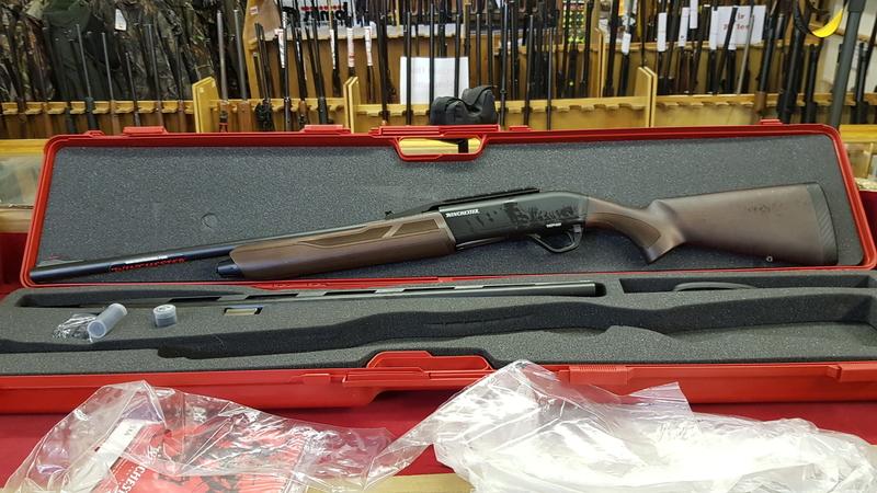 Winchester SX4 12 Bore/gauge  Semi-Auto