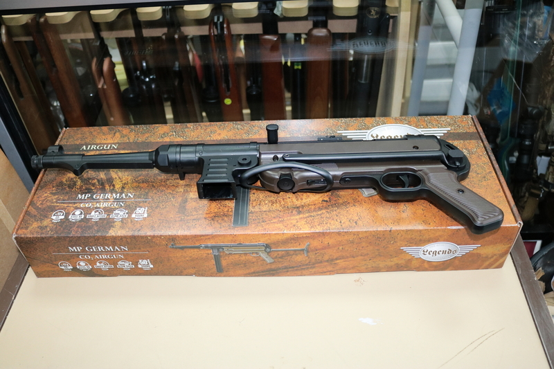 Umarex MP 40 German New .45 bb  Air Rifles