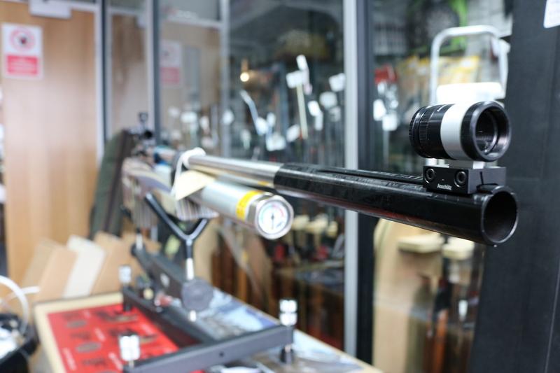 Anschutz 9015 CLUB .177  Air Rifles