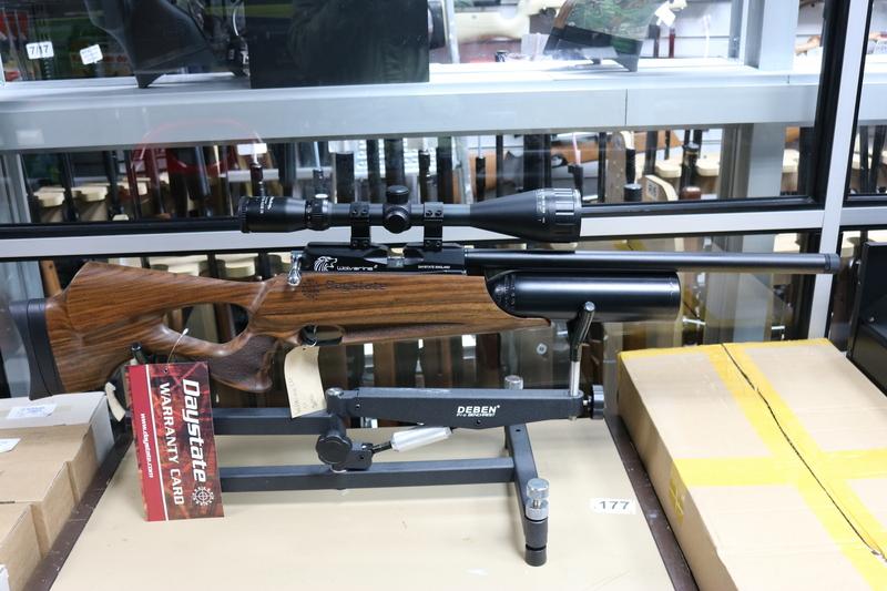 Daystate Wolverine 2 Bottle Version + Scope .22  Air Rifles