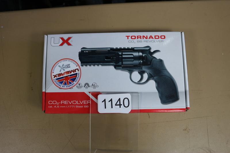 Umarex Tornado Revolver 4.5 mm  Air Pistols
