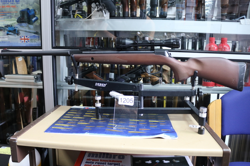 Browning X-Blade Hunter  .22  Air Rifles