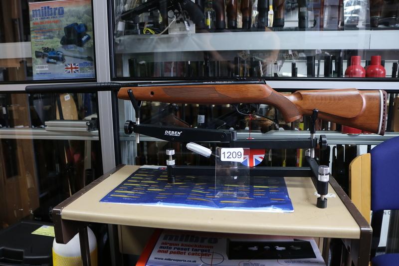 Webley / Webley & Scott VMX Wood OS .177  Air Rifles