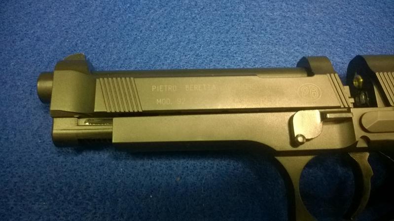 Umarex Beretta 92 FS .177  Air Pistols