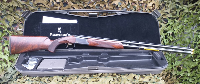 Browning B725 S3 black edition  12 Bore/gauge  Over and under