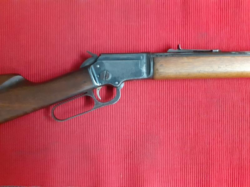 Marlin GOLDEN 39A MOUNTIE Lever action .22  Rifles