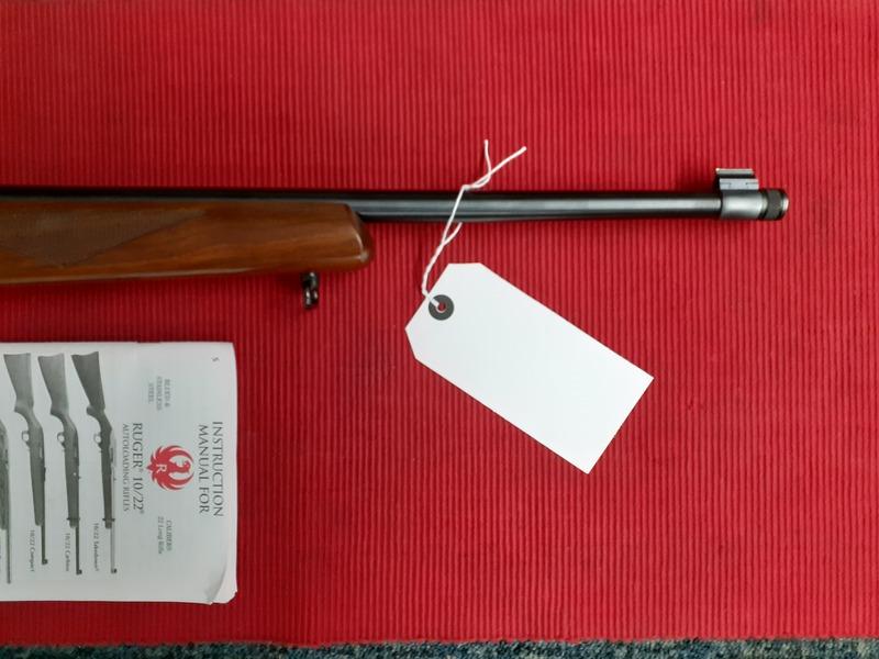 Ruger 10-22 DELUX SPORTER Semi-Auto .22  Rifles