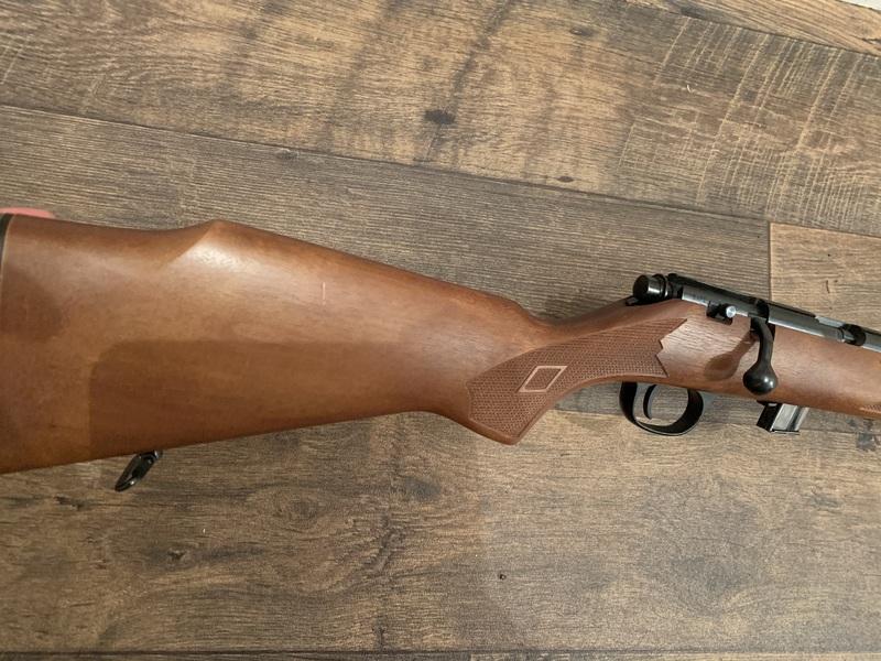 Marlin model 880 Bolt Action .22  Rifles