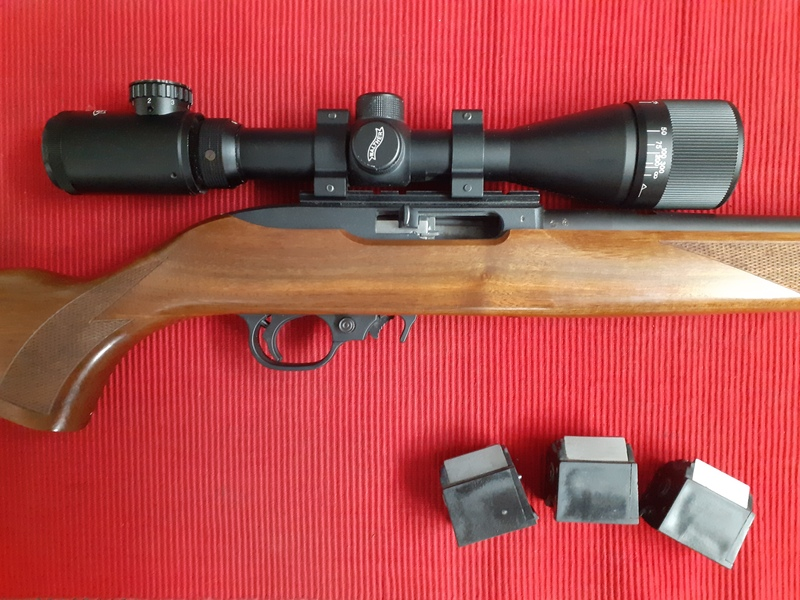 Ruger 10-22 WALNUT Semi-Auto .22  Rifles
